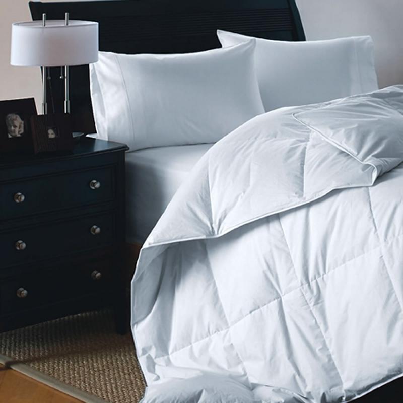550 FP White Duck Down Comforter