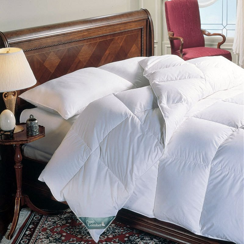 "Super King Size White Down Alternative Comforter - 120"" x 98"""