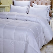 Egyptian Cotton 300 TC Overfilled Down Alternative Comforter