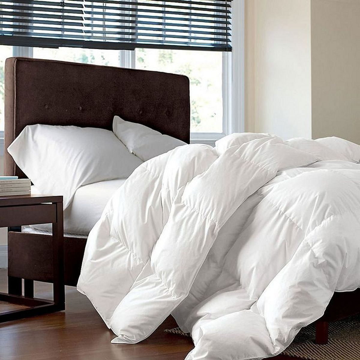 "Supreme Oversized King Size White Down Alternative Comforter - 118"" x 114"""